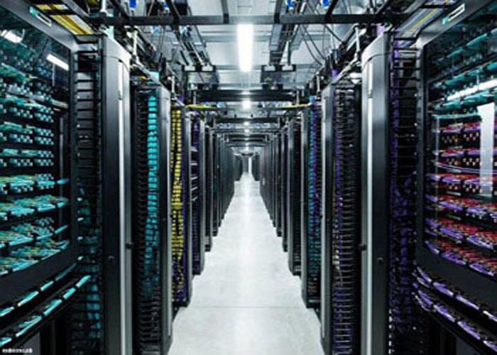 طراحی-آماده-سازی-دیتاسنتر-Server-Room